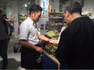 北海道バジルソースとトマトジュースのテスト販売2